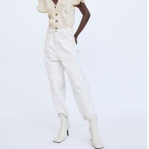 Zara Women's Balloon Slouch Dart Jeans sz 6 in Ecru